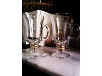 REALLY LOVELY GOOD QUALITY TWO HOT DRINKS & LIQUEUR COFFEE GLASSES WITH GOLD RINGS & HANDLE