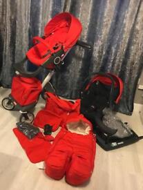 Stokke v4 red with car seat isofix