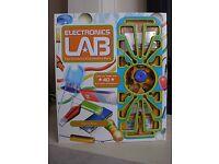 'Electronics Lab The Ultimate Electronics Pack' Set