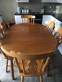 ******SOLD****Dining table and 4/6 chairs *****SOLD*****
