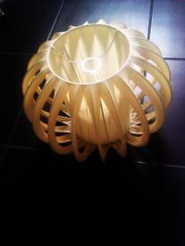 ORIGINAL RETRO TRULY LOVELY VERSATILE CREAMY CEILING OR LAMP SHADE, LIGHTS