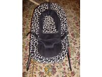 baby chair / baby bouncer