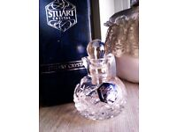 BRAND NEW VERY GOOD QUALITY 'STUART' CRYSTAL LADY'S PARFUM BOTTLE FOR DRESSING TABLE