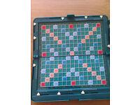 SCRABBLE MAGNETIC TRAVEL POCKET BOARD GAME