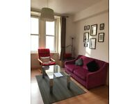 Cosy city centre furnished 2-bedroom flat to rent (available from 26/10/20, long-term)