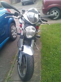 Ducati Monster M1100 ABS LOW MILEAGE £4700 ONO