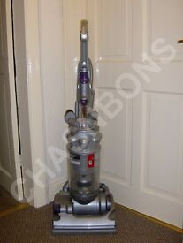 DYSON DC14 ANIMAL SILVER HEPA FILTER MULTI FLOOR BAGLESS UPRIGHT VACUUM CLEANER