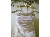 IAN STUART SANCERRE DESIGNER WEDDING DRESS Diamanté Platinum Lace Bead Boho FABRIC ADDITIONAL PHOTO