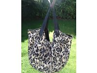 large leopard print shoulder bag approx 50 x 50 cm