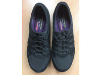 Black Skechers Relaxed Fit Air Cooled Memory Foam Shoes - Size 6 - Fab!!! RRP £60