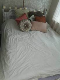 Double bed - bedroom chic