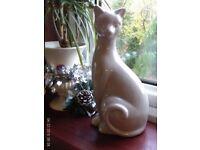 M&S elegant cat ornament 28x14cm