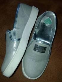 Michael kors silver shoes pumps glitter 13.5 girls