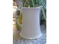 white water jug 18x16cm