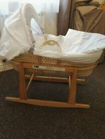 Mosses basket with rocking stand