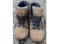Regatta Highdale Walking boot size UK 8 EU 42