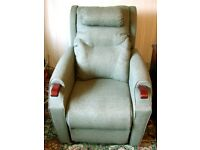 NIAGARA THERAPY ASCOT POSTURE,RISE AND RECLINE CHAIR IN AS NEW CONDITION.