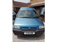 Very tidy, low mileage Citroen DISPATCH mobility van. No rust! £1550 ovno