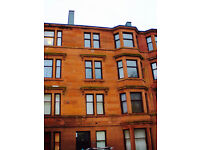 Beautiful, top floor, 2 bedroom flat in well maintained Linthouse tenement. Available February