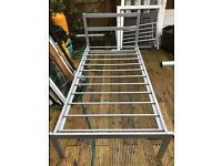 Quality Metal Single Beds Frames Mattresses for Child Teenager Student Landlord Tenant Appartment