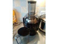 Phillips Black Viva Juicer HR1582 £40 (less than half price) & Logik Food Processor £10