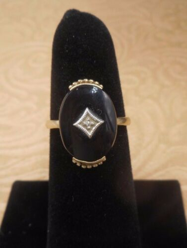 Art Deco 10K Yellow Gold Onyx and Diamond Ring, Size 8.5