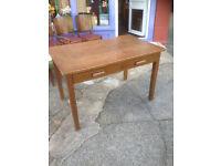 Splendid Vintage Rustic Oak Veneer Kitchen Table Desk with 2 Drawers