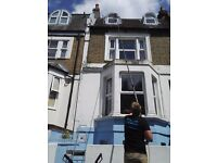 WINDOW CLEANER LONDON WINDOW CLEANING SERVICES LONDON SKYLIGHT CLEANING
