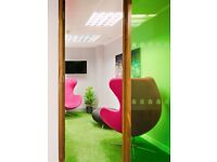 Desk Spaces in the best places, bookable meeting rooms ready to rent!
