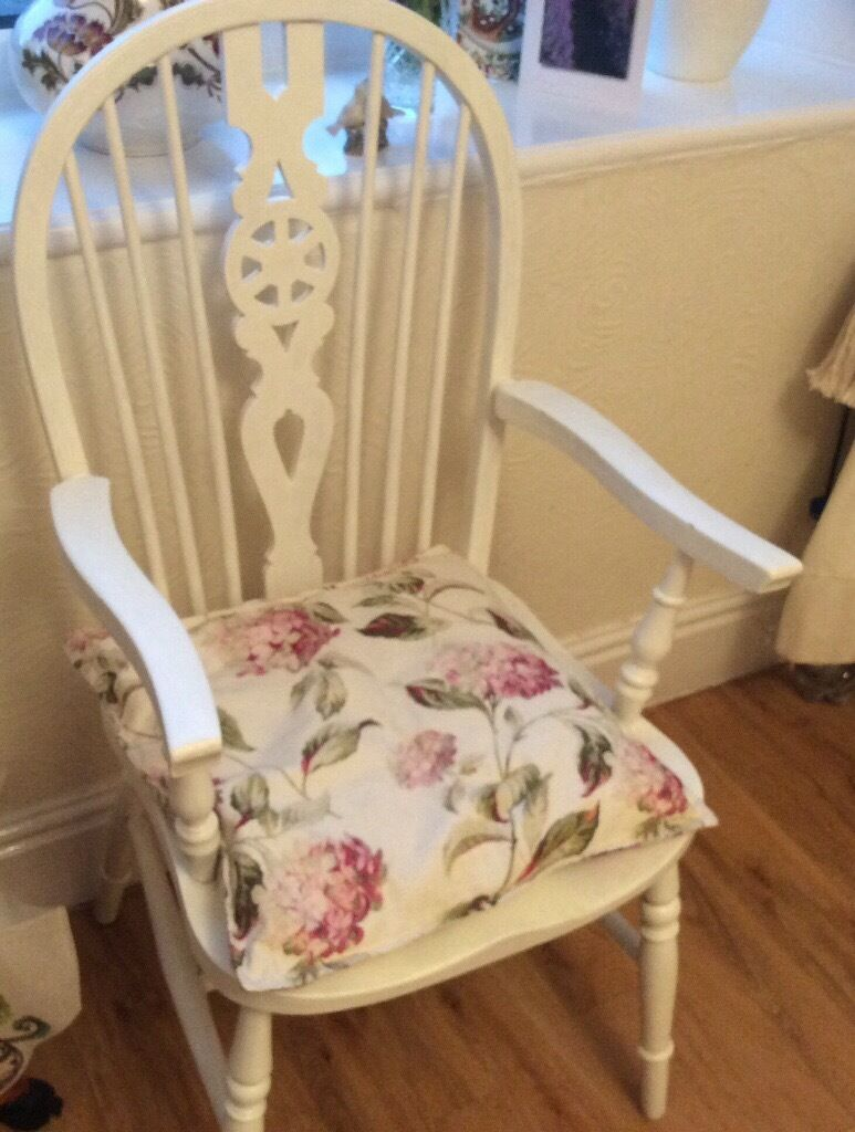 Shabby Chic Chalk Painted Wheel Back Chair Only 163 25 In