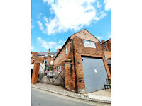 Bright and Airy Self Contained Studio in Heart of Wolverhampton Town