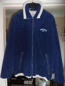 Billabong Fleece. Excellent condition. Medium.
