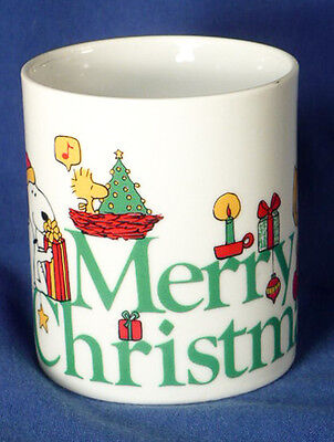 Vintage 1977 PEANUTS CHRISTMAS MUG Charlie Brown Lucy Sally Snoopy Woodstock