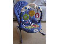 Fisher Price Kick and Play Bouncy Chair in excellent condition