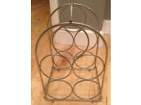 Wine rack in good condition - holds 5 bottles