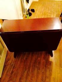 Drop Leaf Mahogany solid wood dinning table