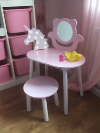 Kids dressing table (vanity) and stool new furniture