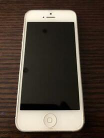 Apple iPhone 5 - EE - 32GB - 6 free coloured cases!