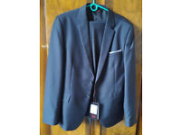 A wonderful offer, Suit(jacket+trousers) and Casual jacket