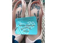 Vivienne Westwood Vs Melissa shoes