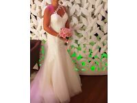 ** BARGIN** Ivory wedding dress