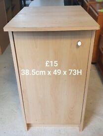 1 door light wood cupboard unit