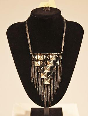 Necklace & Earrings Set Prime Fashion Jewelry Black Silver Tone JXFT New