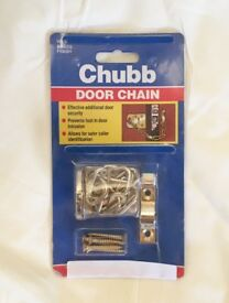 WS6 Chubb Door Chain. Brass Finish. Suitable for Wooden Doors.