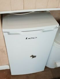 LEC undercounter freezer - White