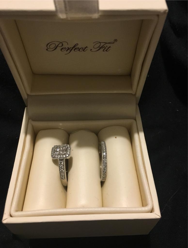 66e35f600fb00 9ct white gold diamond bridal set | in Exeter, Devon | Gumtree