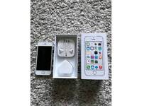 16 gb iPhone 5S, Silver, Vodafone, all accessories , can deliver