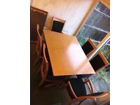 Extendable Dining table comes with 6 chairs