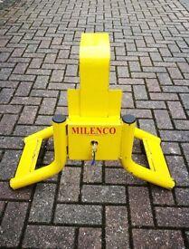 Wheel Clamp by Milenco