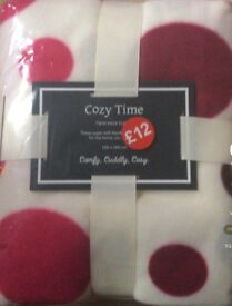 Cozy time Blanket twin pack size 120 x 140 cm
